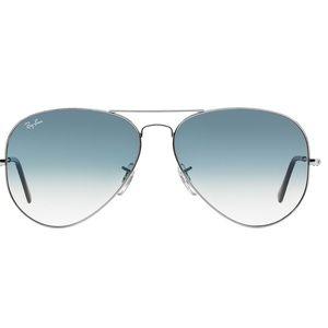 Ray Ban Standard Aviator Sunglasses